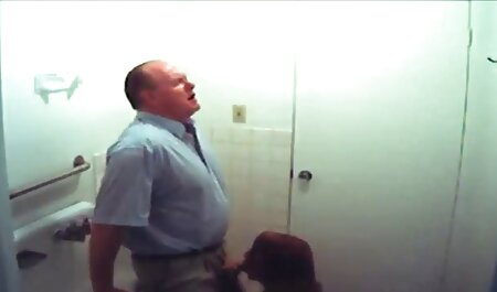 زندانی بروک بازی می کند دانلود بهترین فیلم های سکسی خارجی با بیدمشک تنگ او