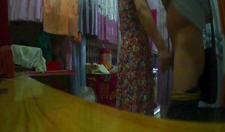 زن سروری, جولیا ان منفجر فیلم سوپر خارجی دانلود یک دختر اسباب بازی در سوراخ الاغ کوچک او