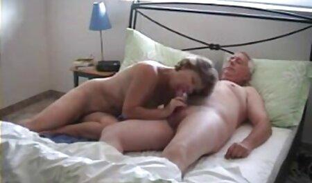 شیر زنان روی میز ، دست های مناقصه با یک سینی برای شکنجه دانلود فیلم خارجی سکس پس از ارگاسم