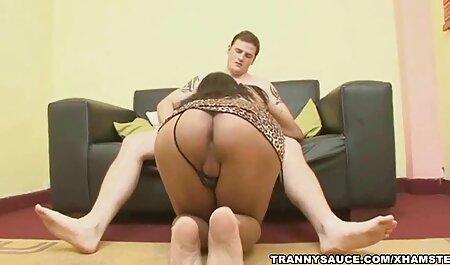 در حمل و نقل 3, خدمتکار واقعا می داند که چگونه برای لذت دانلود سکس خارجی با کیفیت بردن از یک عاشق